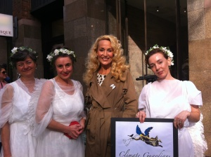 Jerry Hall wears a Climate Guardian Lapel