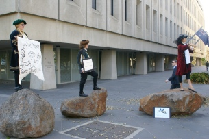 Flat Earth Institute appear as expert witnesses at the Abbott government's Renewable Energy Inquisition, February 2014