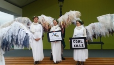 cop21_angels_coal