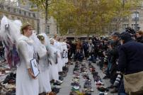 Supporting Avaaz's innovative shoe exhibition, Paris's contribution to the global 'March for Climate' mobilisation on 29th November 2015 during France's ban on public marches